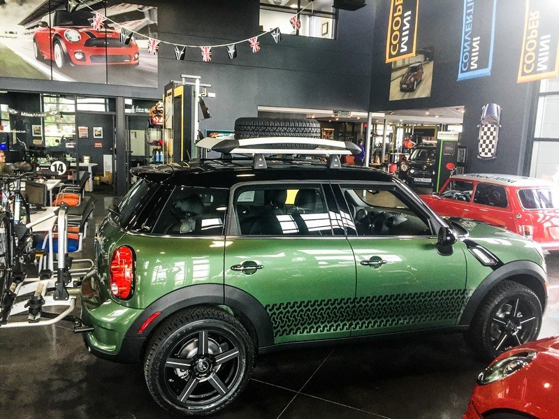 Lifted MINI Cooper Countryman_Assault_1