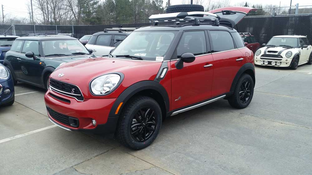 Lifted Red MINI Cooper Countryman_2